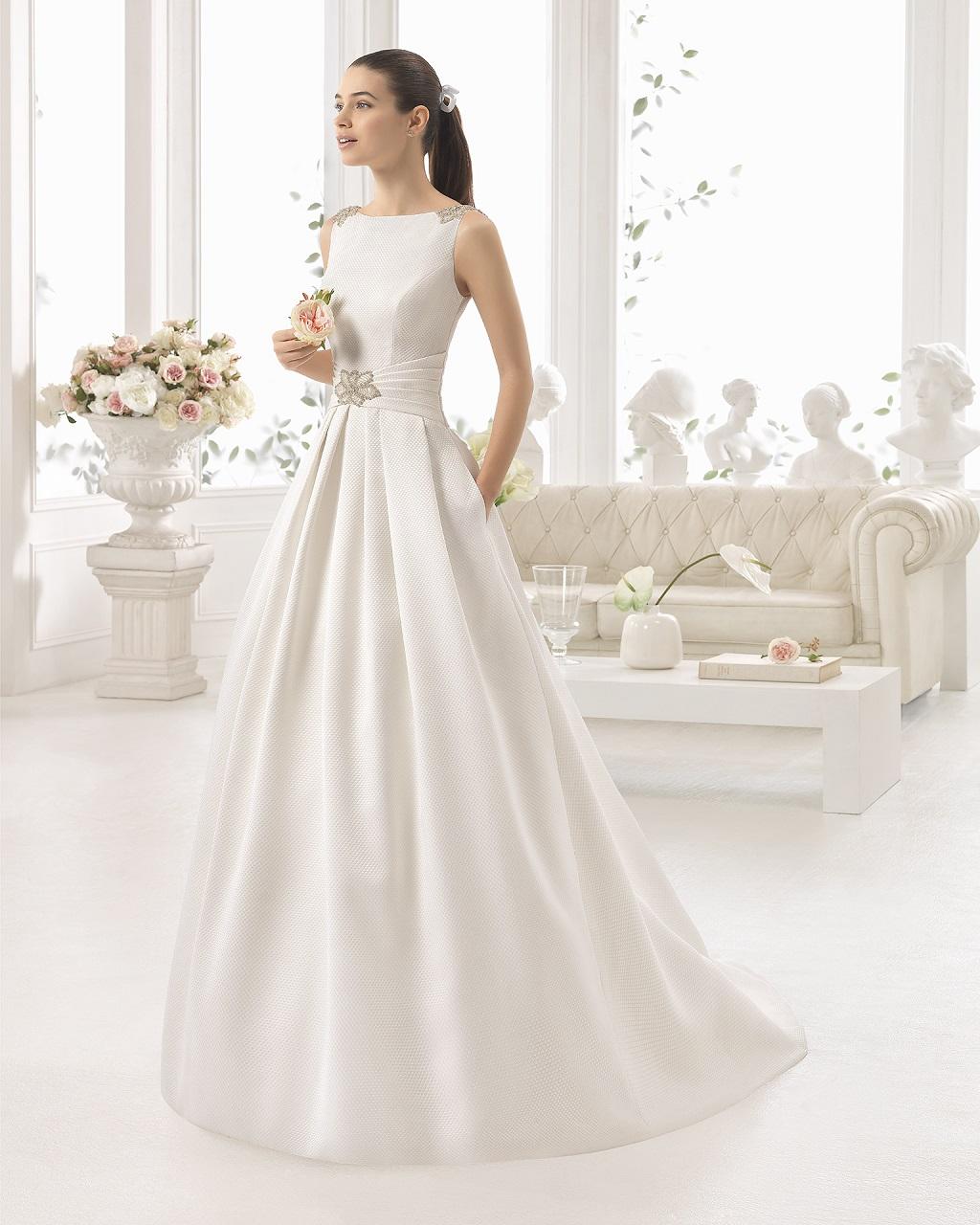 Fantastisch Baskische Brautkleid Galerie - Hochzeit Kleid Stile ...