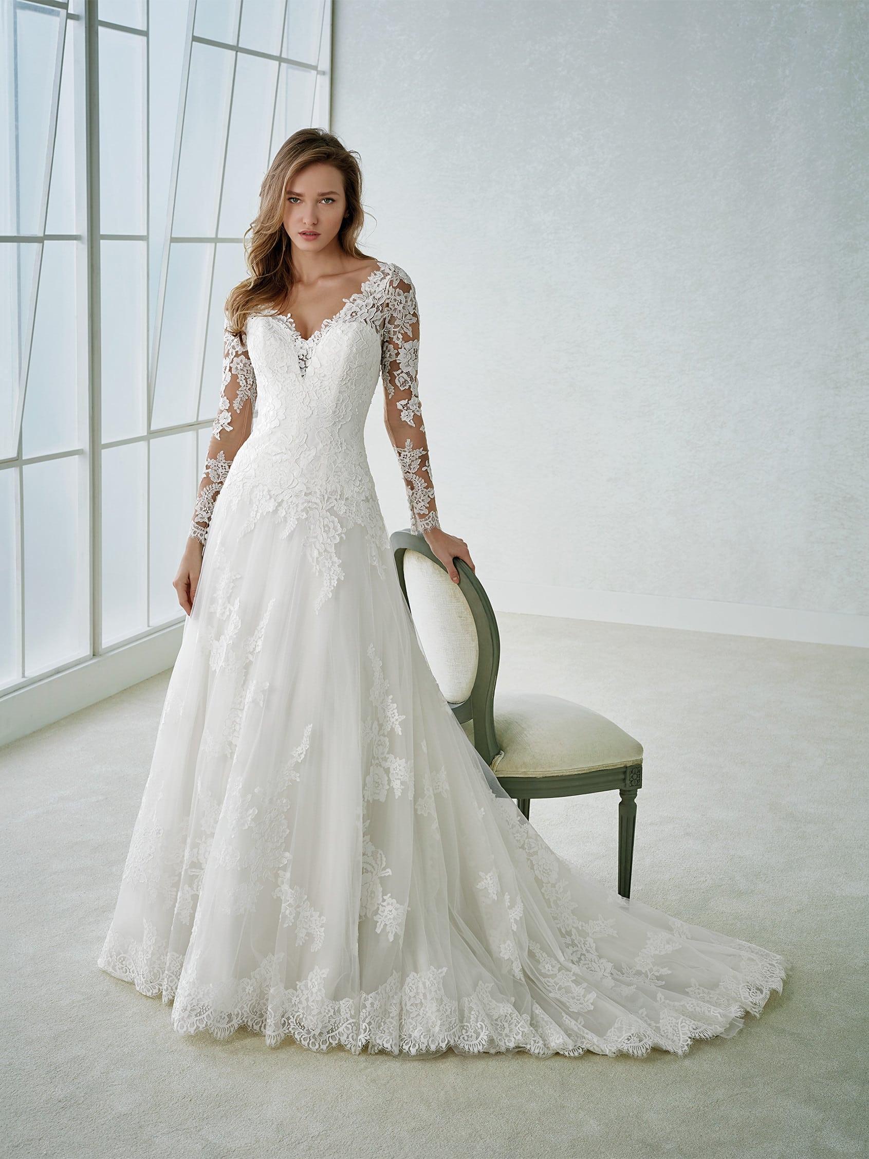 Robe de Mariée White one Fabria Collection 2018