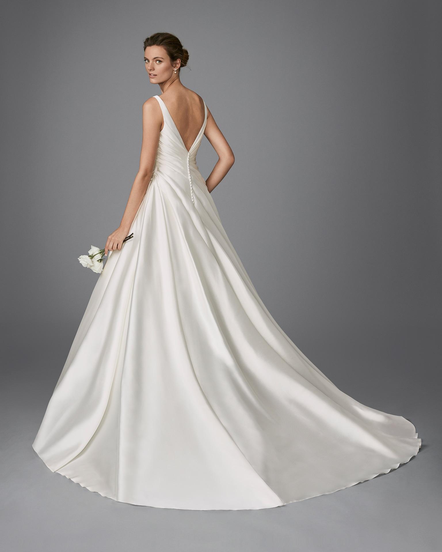 HONESTY wedding dress lunanovias 2018 PAris