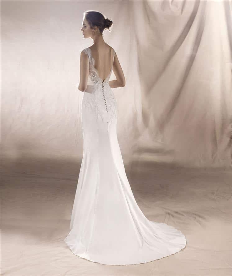 Robe de Mariée White One Saturn Collection 2018.   Mariée Parisienne