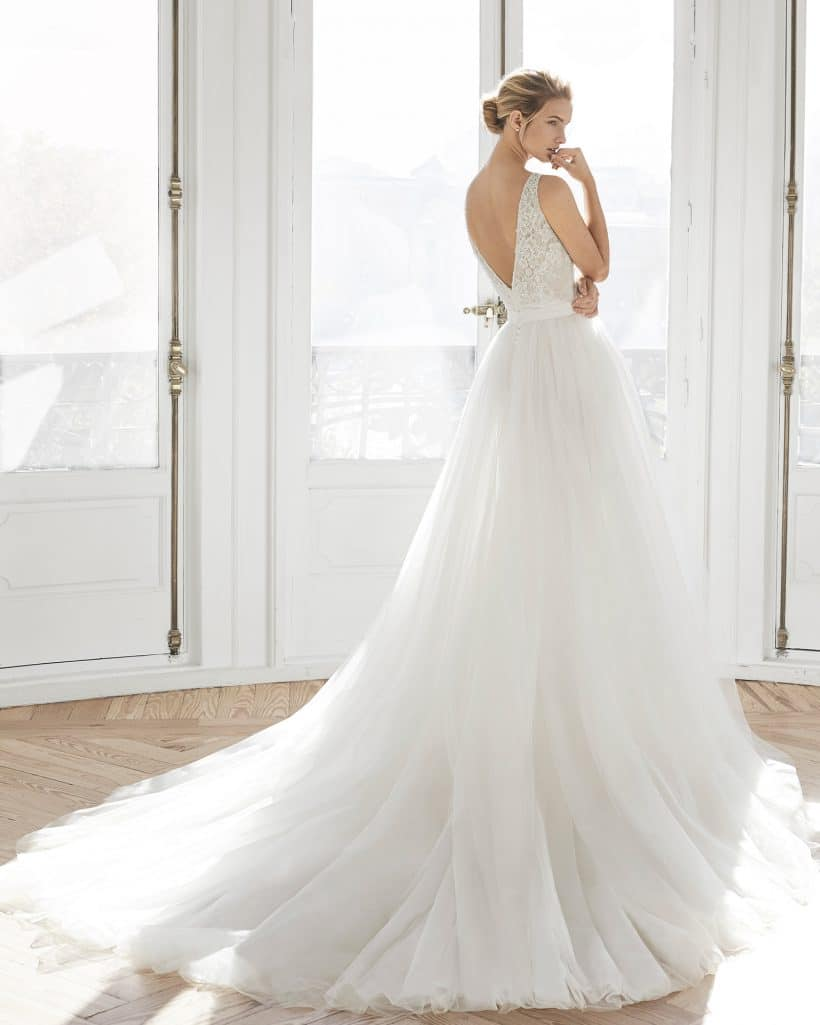 Wedding Dress Essie Aire Barcelona Collection 2019