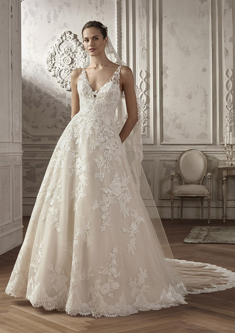 Robe de mariée AMPURIAS: San Patrick collection