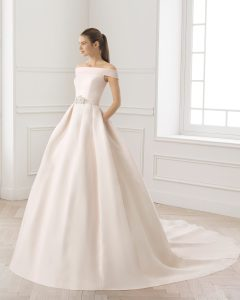 robe de mariée décolleté bateau