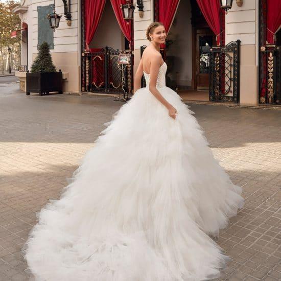 Nos Robe De Mariee Princesse Collection 2021 Boutique Paris